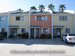 Woodland Terrace Townhomes, Cocoa Beach – For Sale